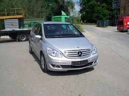 MOBIL MOBILAN: Mercedes Benz B200 Cdi