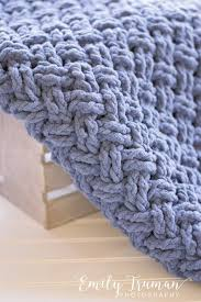 Bernat Baby Blanket Yarn Patterns Inspiration I Needed To Make A Baby Blanket For A Dear Friend Who Just Had A New
