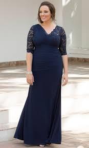 plus size dress to wear to a wedding. soiree evening gown plus size dress to wear a wedding