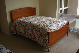 Shaker Bedroom Furniture Shaker Style Cherry Bedroom Furniture Rugged Cross Fine Art