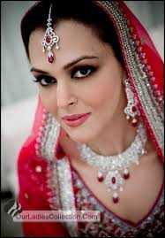 stani faces ecosia latest fashion bollywood hollywood wedding makeup artist