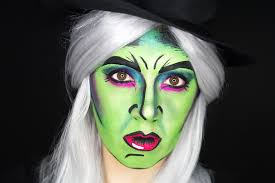 i had a dream recently that i was painting someone s face as the wicked witch of the west i love makeup dreams i had a lot of fun in this dream