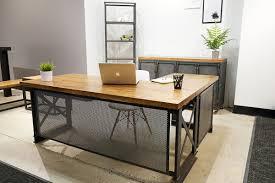 Carruca desk office Iron Age Desk Amusing Shape Desks Buy Table With Wooden Table Top And Buffet And Laptop Linkcsiknet Desk Astonishing Shape Desks 2017 Ideas Amusinglshapedesks
