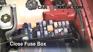 blown fuse check 2008 2010 saturn vue 2008 saturn vue xe 2 4l 4 cyl 6 replace cover secure the cover and test component