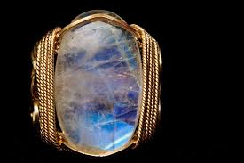 moonstone detail learn about moonstone facts and the meaning of moonstone