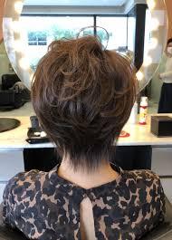 画像2つ目 40代50代60代ヘアスタイル髪型ショートの記事より 60代