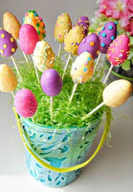 Yummy Easter Egg Macarons For Kids Easter Treat Basket Ideas