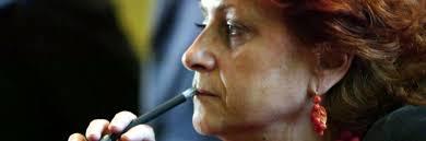 Pur non essendo assegnataria del fascicolo su Ruby la pm Boccassini interrogò il capo gabinetto della Questura, Piero Ostuni ... - 1399492124-ilda