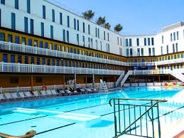 i prefer paris molitor pool and hotel i love great swimming pools i always se the articles that list the top swimming pools in the world and swoon wishing i could jump in to the water on