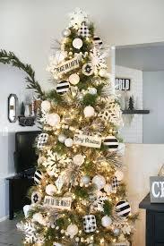 Design Christmas Decorations