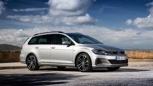 VW Golf GTD Estate (2017) review by CAR Magazine