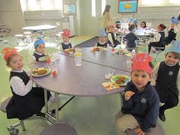 img 7447 preschool lunch table67 lunch