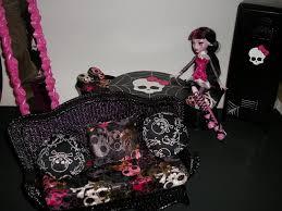 Monster High custom furniture by micaelajones on DeviantArt