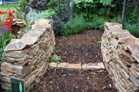 garden edging stone. Rock Garden Border Ideas \u2013 Wonderful Ingenious Inspiration Edging Stones Stunning Design High Stone G