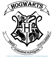 Hogwarts Crest by LittleFallingStar on DeviantArt