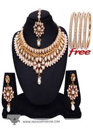 amazing silver lcd pearl designer wear necklace set with alloy 4 pcs bangles