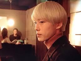 東京タラレバ娘で人気急上昇の坂口健太郎の金髪ヘアーが気になるあの