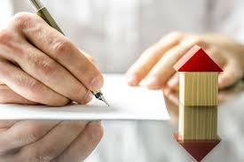 a person applying for mortgage life insurance in canada