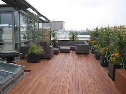 Exterior:Simple Small Outdoor Deck Designs For Modern House In Center  Garden Plus Tree Plants