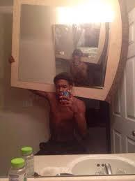 Bilderesultat for embarrassing selfies gone wrong