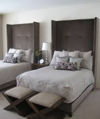 10 Tall Headboards For A Unique And Dramatic Bedroom Dcor - Guest BedRoom