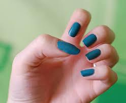 Dazzlicious Kerosine Green Nails