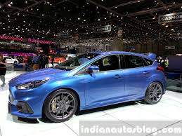 Ford Focus RS front three quarters right view at the 2015 Geneva ...