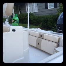 in the back of the boat there is a jump seat and a folding bench thats great for making room when fishing