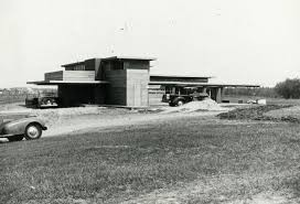 Schwartz House Exterior | Photograph | Wisconsin Historical Society