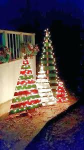 Christmas tree lighting ideas Multi Outdoor Christmas Tree Lights Outdoor Wooden Pallet Trees With Lights Outdoor Outdoor Christmas Tree Lights Annetuckleyco Outdoor Christmas Tree Lights These Gorgeous Outdoor Lighting Ideas