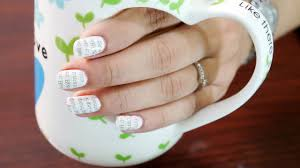 Newspaper Nail Art Step by Step with Water - Nail Art at Home ...