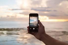 """Képtalálat a következőre: """"homokban iPhone"""""""