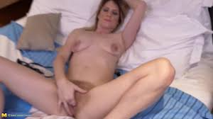 Hairy milf pussy free video