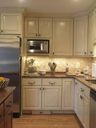 types of kitchen lighting. 4 types of undercabinet lighting pros cons and shopping advice kitchen s