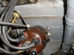 g503 wwii jeep oil pump distributor alignment applies to 1942 25 replace the wire from the coil to the distributor should fit better check your wires to make sure they are still in 1 3 4 2 order on your distributor