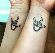 Tetování Rodičů A Dětí Roztomilé Nebo Infantilní Vip Bulvár