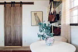 Erias Home Designs Barn Door Master Bedroom Update Barn Doors Domicile 37