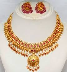 traditional gold necklace by grt jewellers