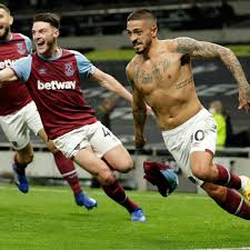 Lanzini's late gem completes stunning West Ham fightback at Tottenham |  Football