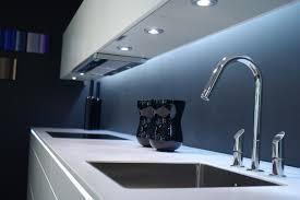 under cabinet kitchen sink lighting