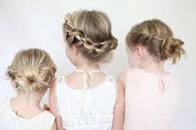 Детские причёски на выпускной в детском саду. Samye Krasivye Pricheski Devochkam 2021 2022 Na Vypusknoj V Detskom Sadu Foto Idei