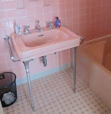 chrome sink legs. Delighful Chrome Landing On Our Story About A House With Six U2013 Yes 6 U2014 Colorful Vintage  Bathrooms Staci Wrote To Ask Throughout Chrome Sink Legs L