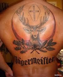 тату олень и крест на спине Tatufotocom