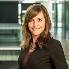 Lucia Fritz - Vorstandsassistentin - cometis AG - Investor Relations | XING