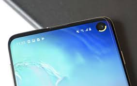 Flip Camera Charging Light Two New Apps Turn Samsung Galaxy S10s Hole Punch Into