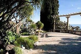 Mediterranean Gardens A Guide To Creating A Mediterranean Garden Magnificent Mediterranean Garden Design Image