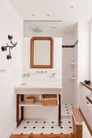 A Bathroom Mesmerizing Wunderkammer Metro Fliesen Im Badezimmer Azulejos De Metro En