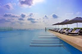 Infinity pools hotel Hotel Amalfi Coast The Westin Singapore Singapore Guide 10 Best Hotel Pools In Singapore Amazing Hotel Swimming Pools In
