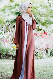 Eid hijab ready to wear it's almost few weeks and our lovely eid will be so near, of course most of us are going shopping in these days to see what's new in the stores. Eid Outfit Ideas 2019