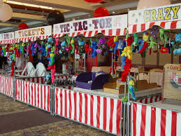 Homemade Circus Decorations 17 Best Ideas About Carnival Booths On Pinterest Fall Carnival